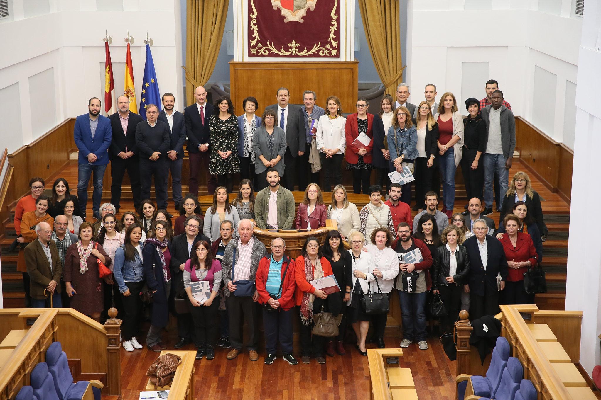 Pleno Institucional en las Cortes de Castilla-La Mancha para clausurar los Actos de la Semana para la Erradicación de la Pobreza